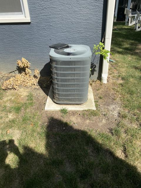 Columbus, OH - I provided an estimate for a new Carrier 96% Two-Stage 100,000 BTU Gas Furnace along with a new Carrier 16 SEER 4 Ton Air Conditioner