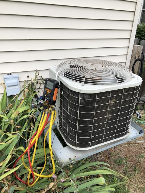 Pickerington, OH - Customer stated that the 2004 Bryant AC was not cooling and not keeping up to temperature.  I found the System was 3 pounds low on R22 refrigerant.  reason for freezing up the evaporator coil was from a potentially dirty filter and the system is low on charge.