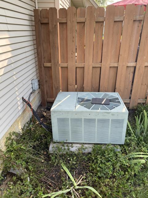 Reynoldsburg, OH - The 1996 Rheem system compressor has a short to ground and has failed