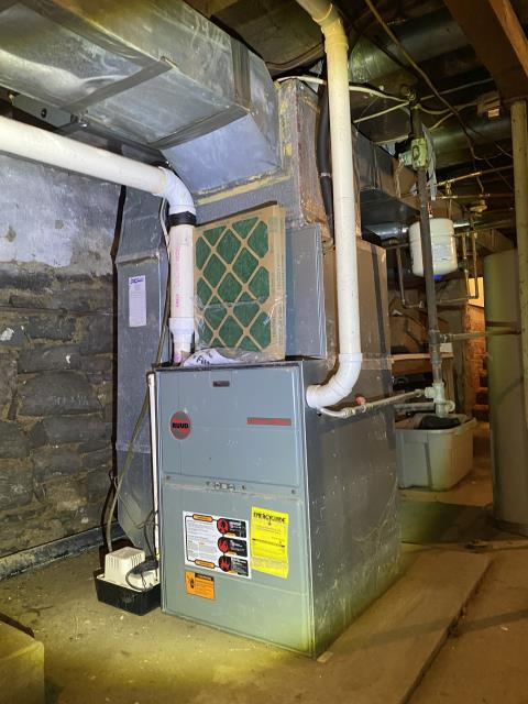 Delaware, OH - I installed a new  Carrier 96% 100,000 BTU Gas Furnace