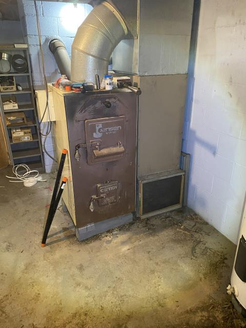 Galena, OH - I provided an estimate for a new Carrier 96% Variable-Speed Two-Stage Gas Furnace and a new Carrier 16 SEER Air Conditioner