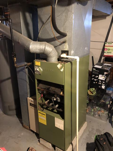 Groveport, OH - When arriving found gas valve stripped out where the thermocouple is connected. I Found wiring harness that ties it gas valve and goes to the porcelain limit cut and needing replaced. Need gas valve, thermocouple and wire harness . Need to verify if parts can be found for this 1983 Rheem furnace.