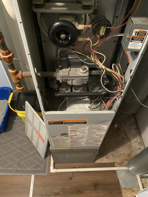 Delaware, OH - customer stated old tstat stopped responding so they bought a nest and tried to install but there was no display so tried to put old back on and still nothing. I verified proper operation for furnace by jumping. I then wired nest back up and added common into loop. I confirmed no display but 27v present from r-c. I then jumped ac and heating from tstat wires to show customer proper operation and to exchange nest. I left it all set up for customer