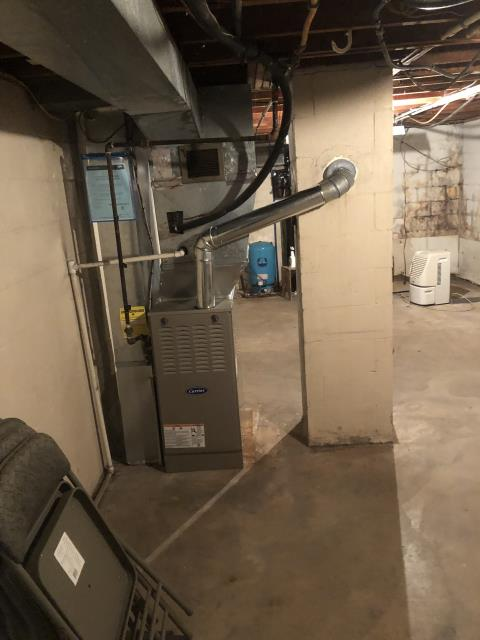 Hilliard, OH - I removed a Goodman gas furnace.  I installed a Carrier 80% 90,000 BTU Gas Furnace.  Included with the installation is a free 1 year service maintenance agreement.