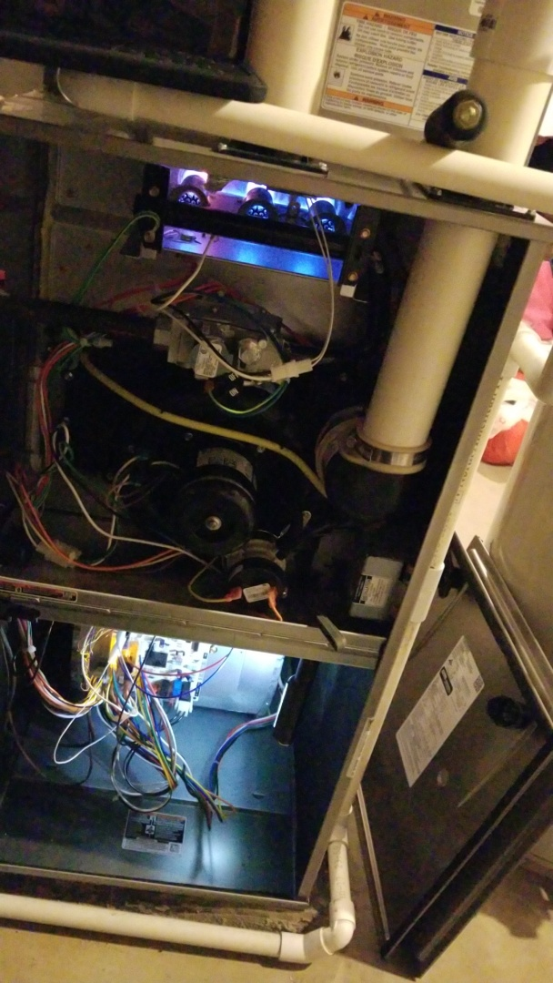Groveport, OH - Yearly service on a 2017 install Carrier 90% furnace