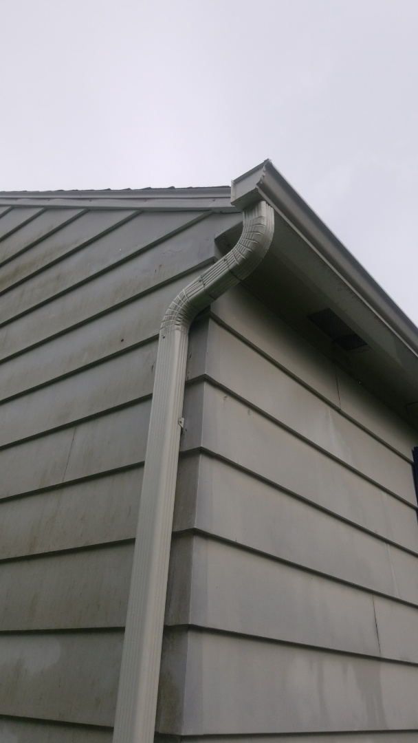 Syracuse, NY - Bery Best gutters. servicing what we sell is part of what we do best.