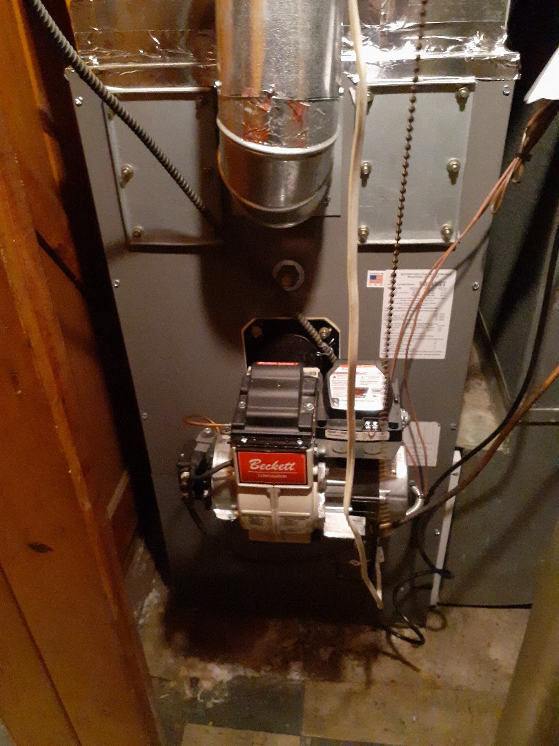 Morrisville, PA - Precision oil tune up on a Ruud warm air furnace in Yardley pa