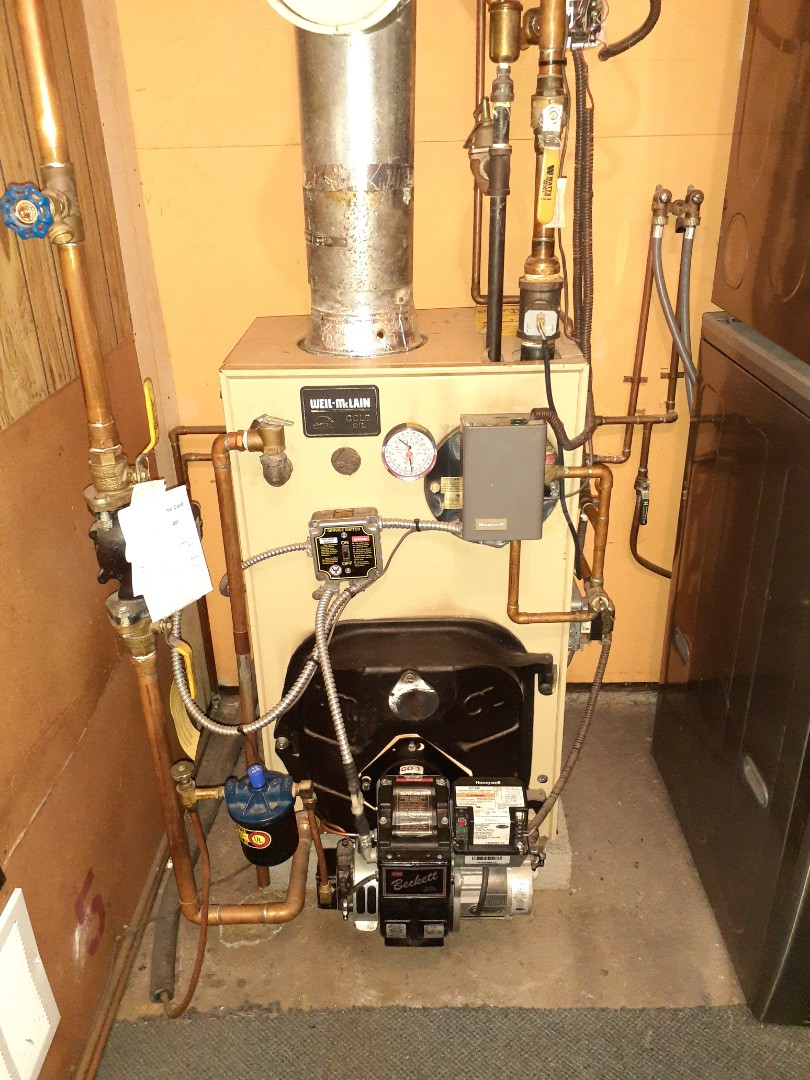 Levittown, PA - Precision oil tune up on Weil Mclain gold boiler in Highland Park section of Levittown PA