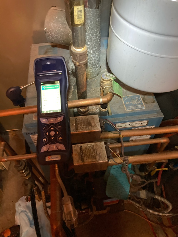 Levittown, PA - Performed oil tuneup on a CWL in Levitown PA