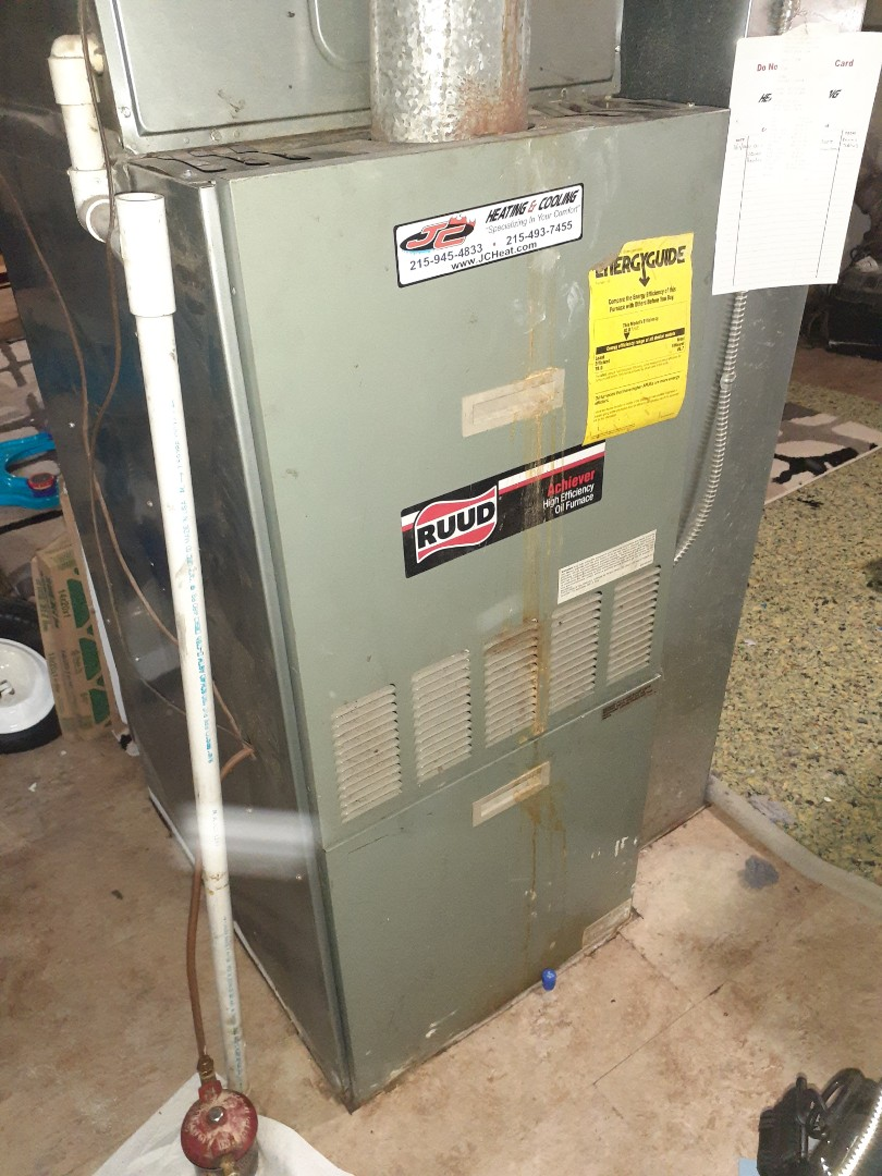 Levittown, PA - Performed Precision oil tune up on Ruud warm air furnace on Green Lane Levittown PA