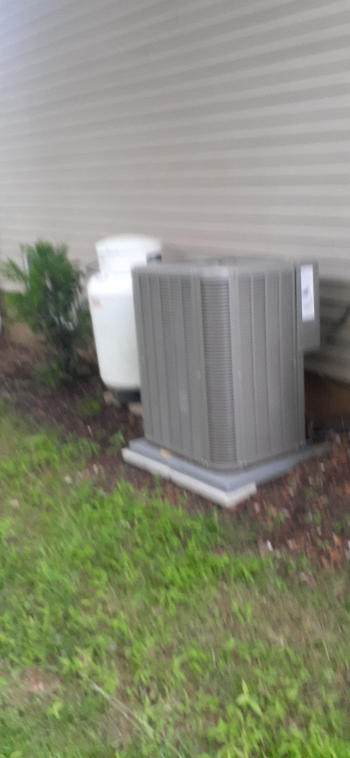 Langhorne, PA - Performed level 2 inspection on lennox heat pump unit as well as Bryant oil boiler