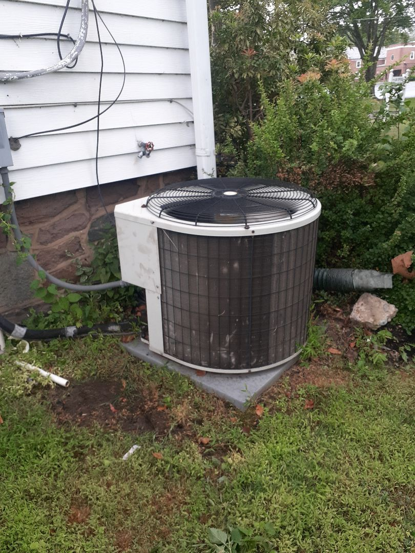 Morrisville, PA - Found a Payne AC unit unoperational. Bound bed capacitor replace capacitor checked all operations system is operational at this time