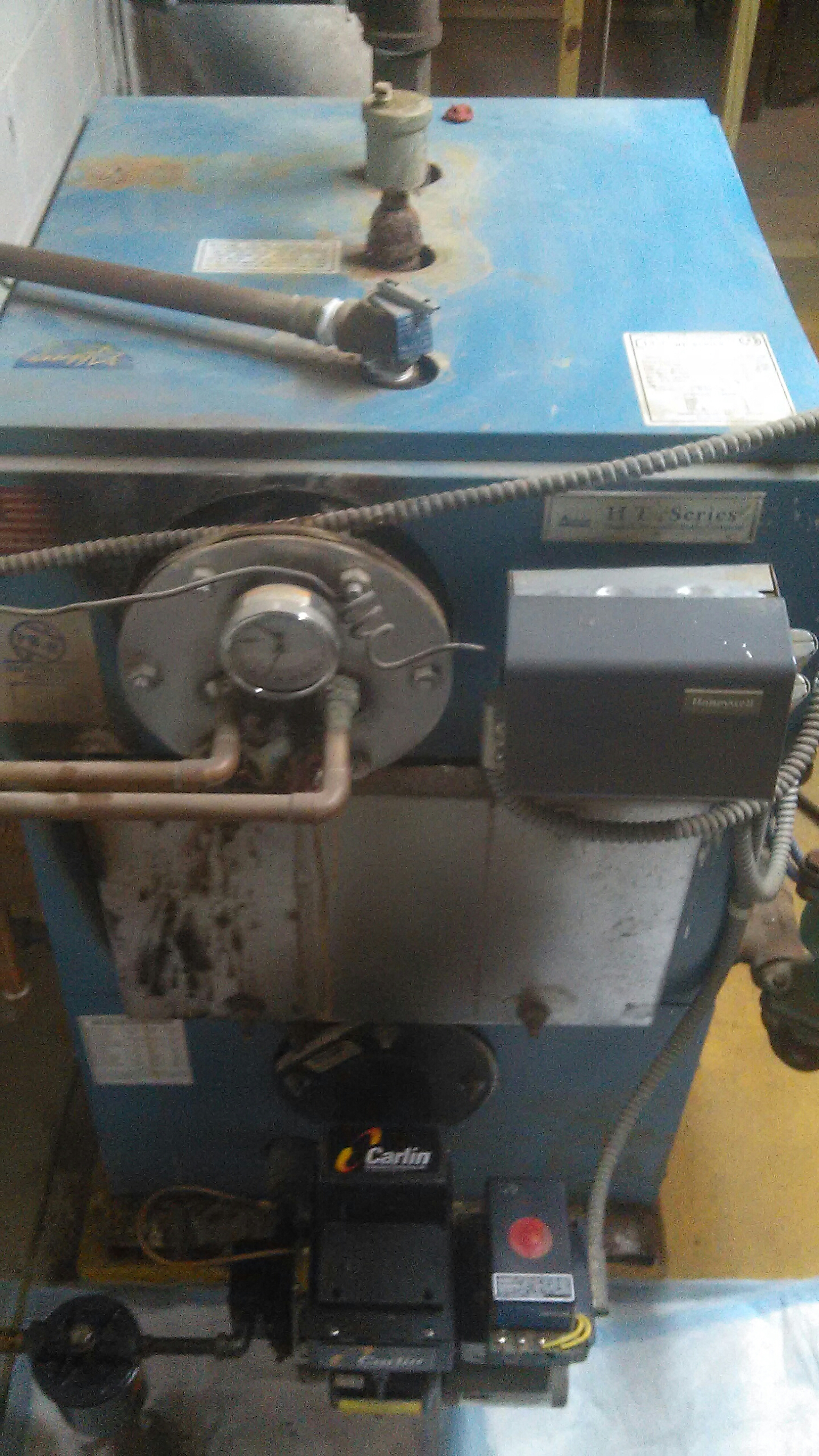 Bristol, PA - Performed a heating oil burner clean and tune on a Thermodynamics model Ht-125.