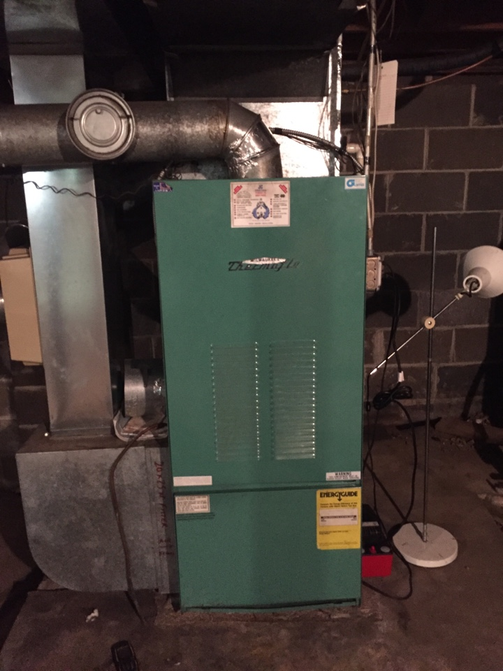 Langhorne, PA - Annual cleaning on Thermoflo oil fired warm air furnace model HBO-10a