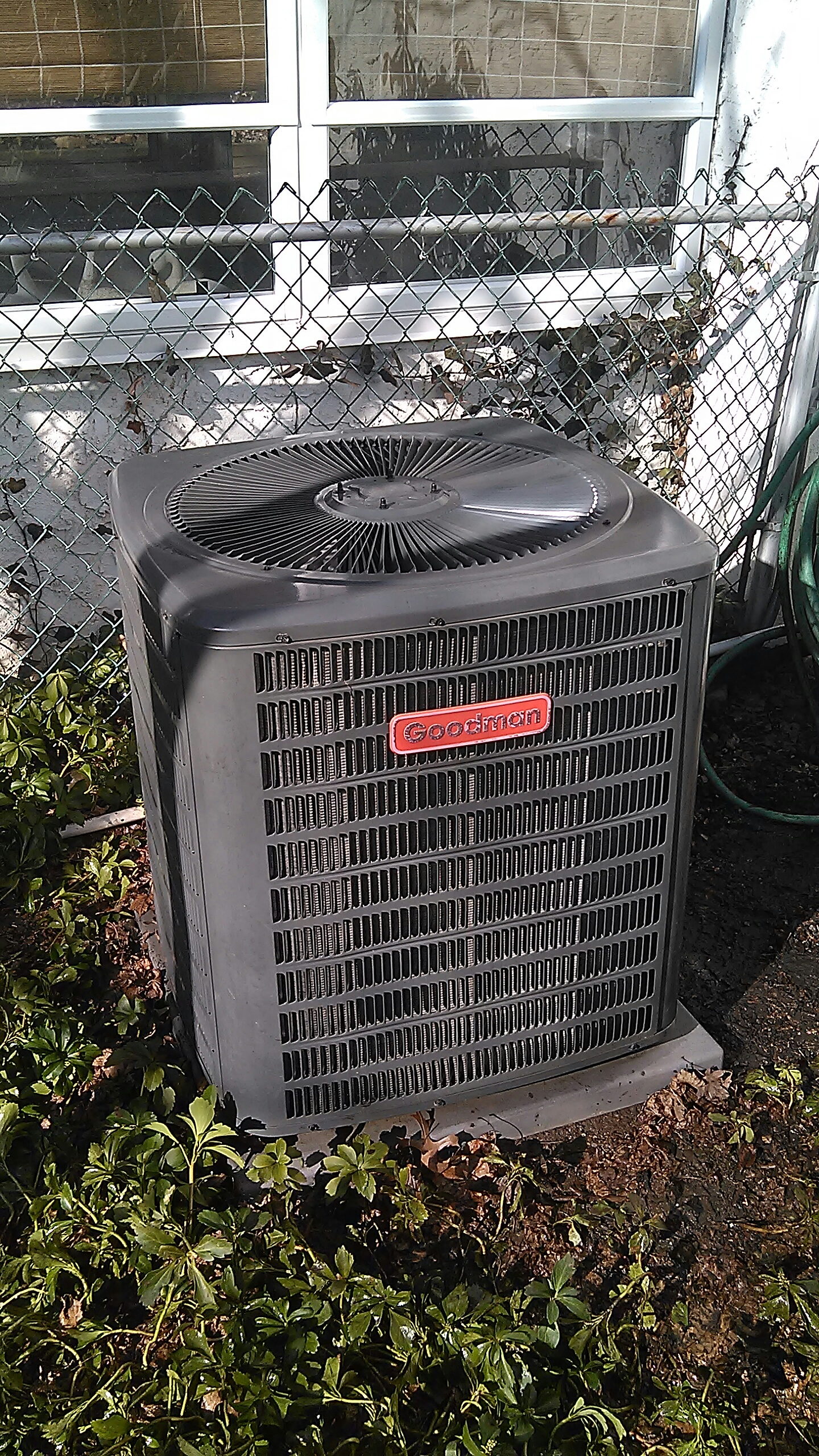 Langhorne, PA - Performed a spring preventive maintenance on a Goodman ac split system.