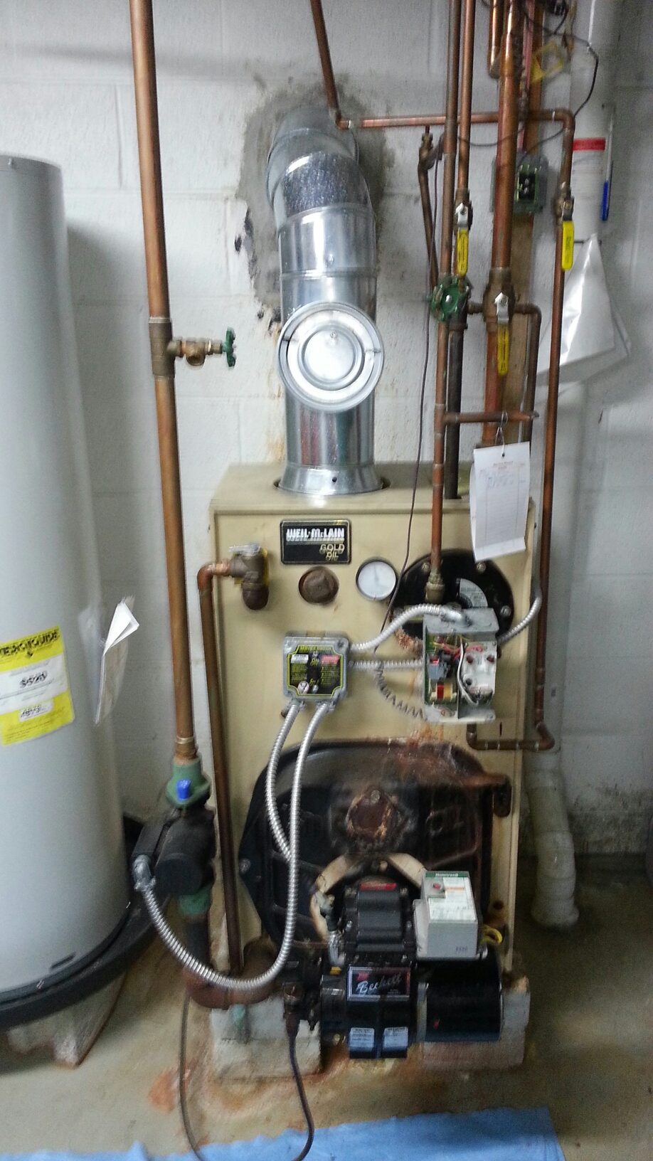 Langhorne, PA - Performed Annual maintenance on weil McClain wtgo-3l oil boiler.