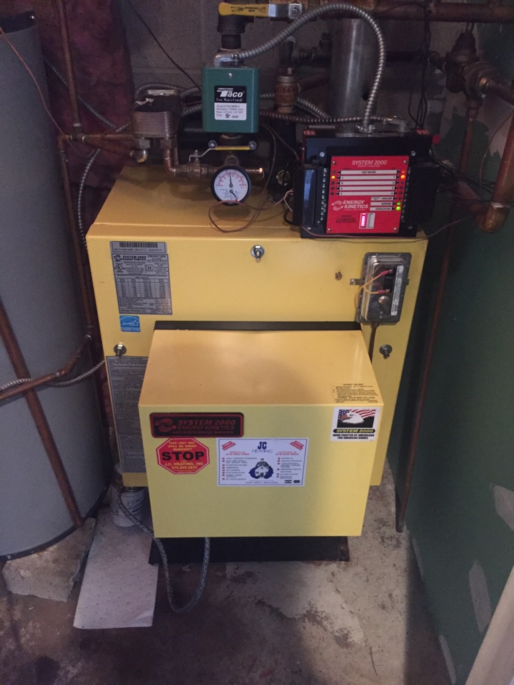 Langhorne, PA - Tuneup of a system 2000 oil fired boiler in langhorne pa