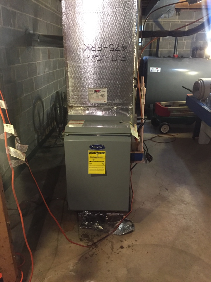 Newtown, PA - Tune up on a carrier low now oil fired furnace with a Beckett burner in newtown pa