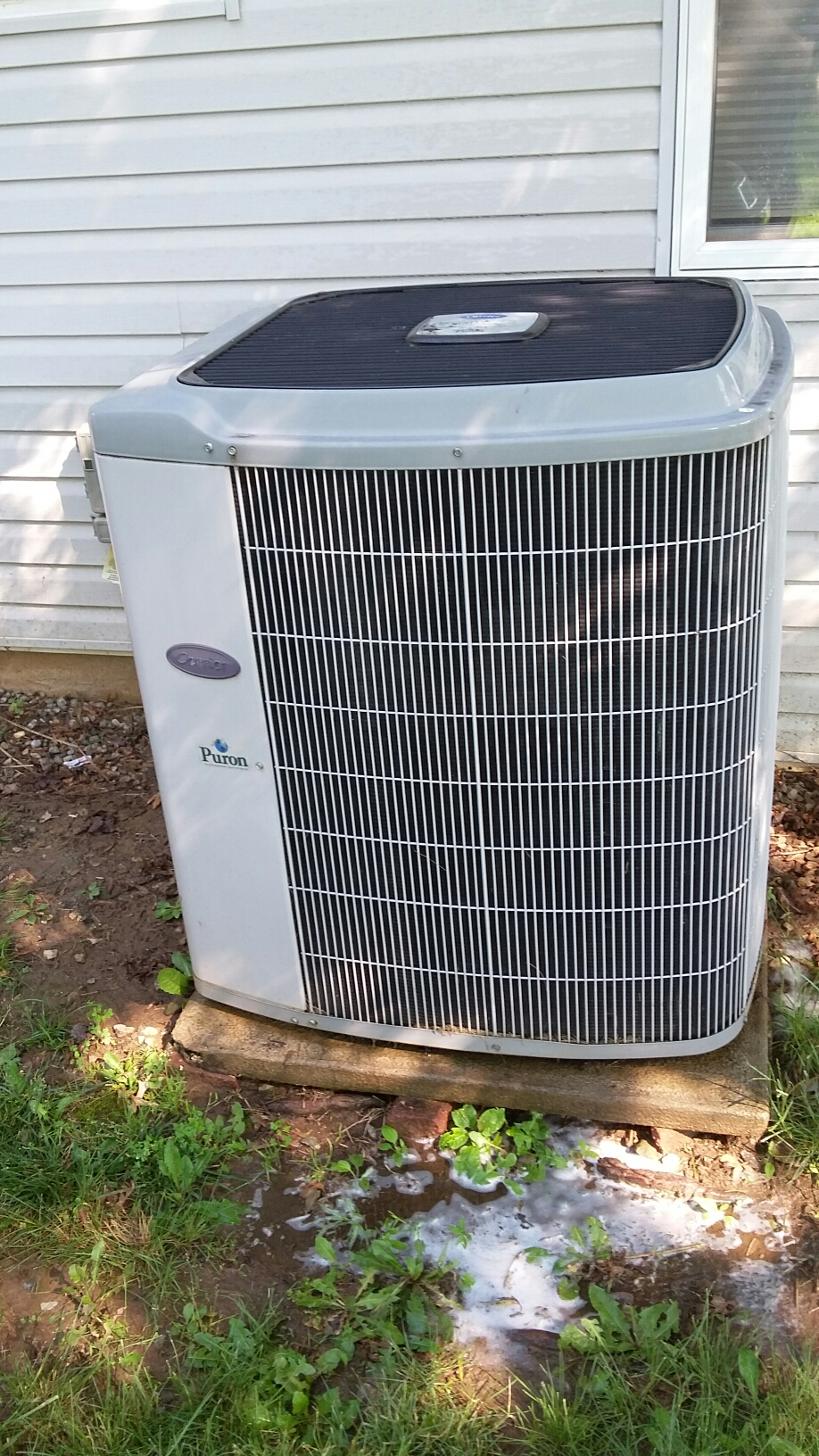 Bensalem, PA - Performed an ac maintenance on a Carrier system