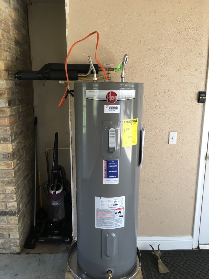 Water heater repair. GE water heater leaking in garage. Install new Rheem water heater with 12 year warranty. Murphy Plumber