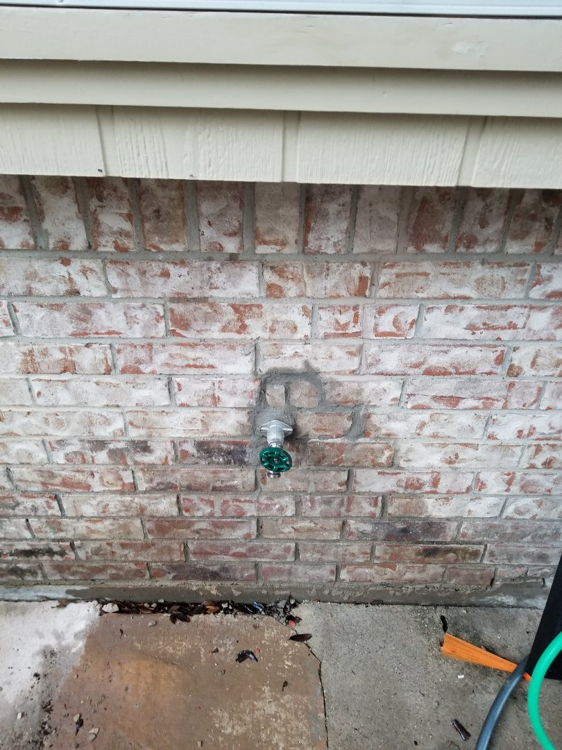 Frostproof faucet in backyard is not turning off all the way. Need repair. Install new Frostproof faucet. Rockwall plumbers