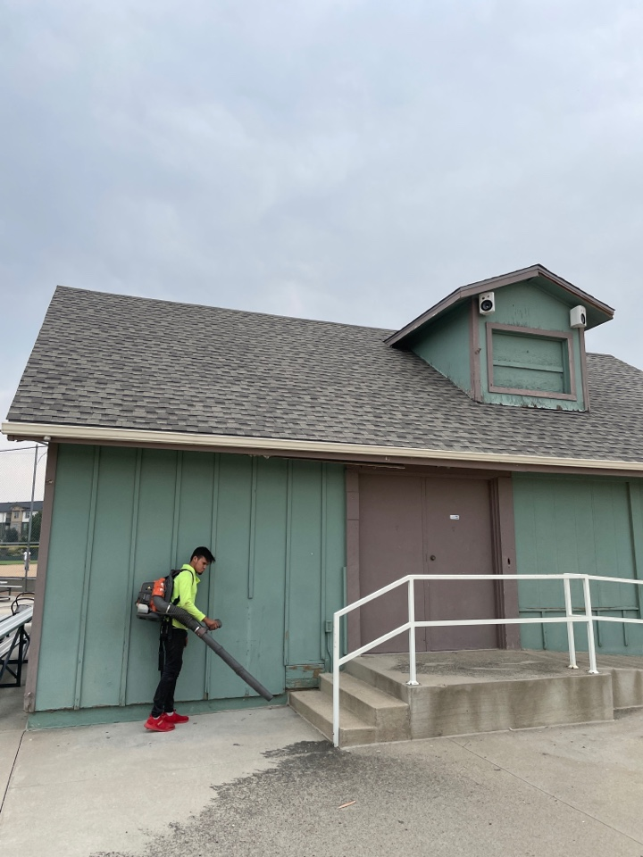 Aurora, CO - Just finished re-singling this concession stand at the Arapahoe Little League fields in Aurora. We installed GAF Timberline HDZ shingles in weathered wood. When they are done painting it it will look brand new