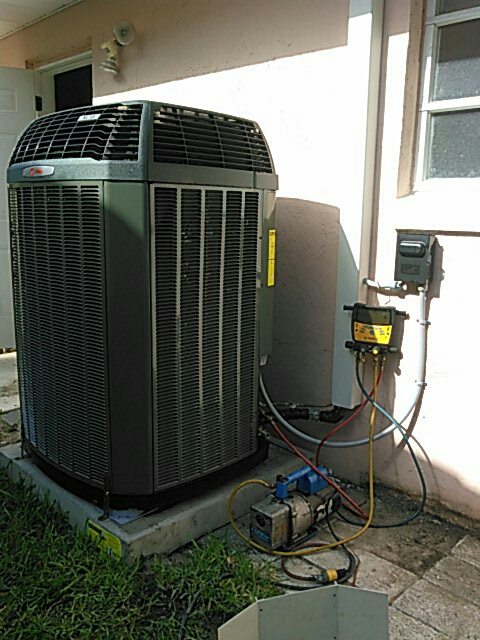 Cocoa Beach, FL - Perform air conditioning installation. Replace existing system with high-efficiency Trane split system.