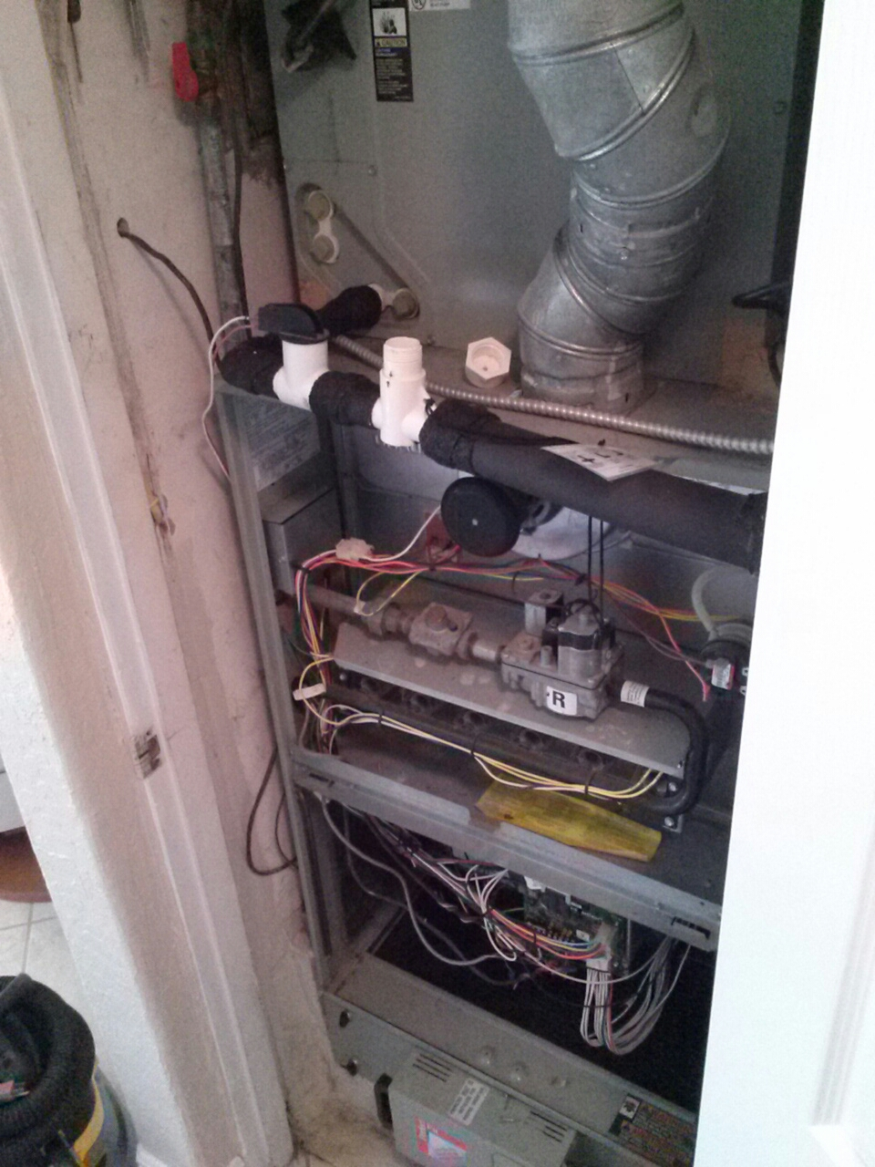 Cocoa Beach, FL - Perform preventative maintenance annual tune-up on Trane gas furnace air conditioning system.
