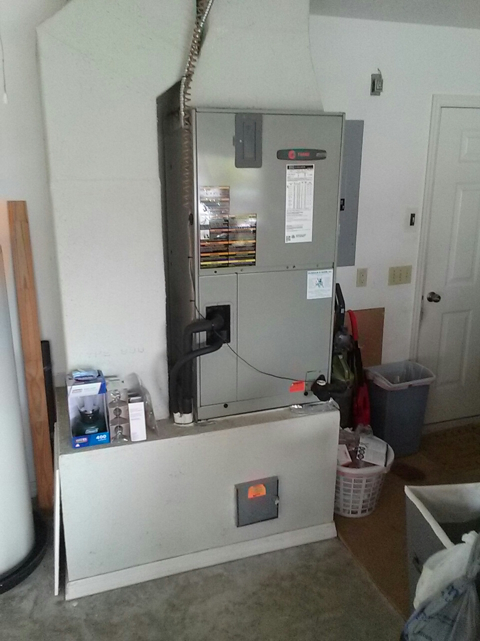 Cocoa, FL - Perform preventative maintenance annual tune-up on Trane air conditioning system.