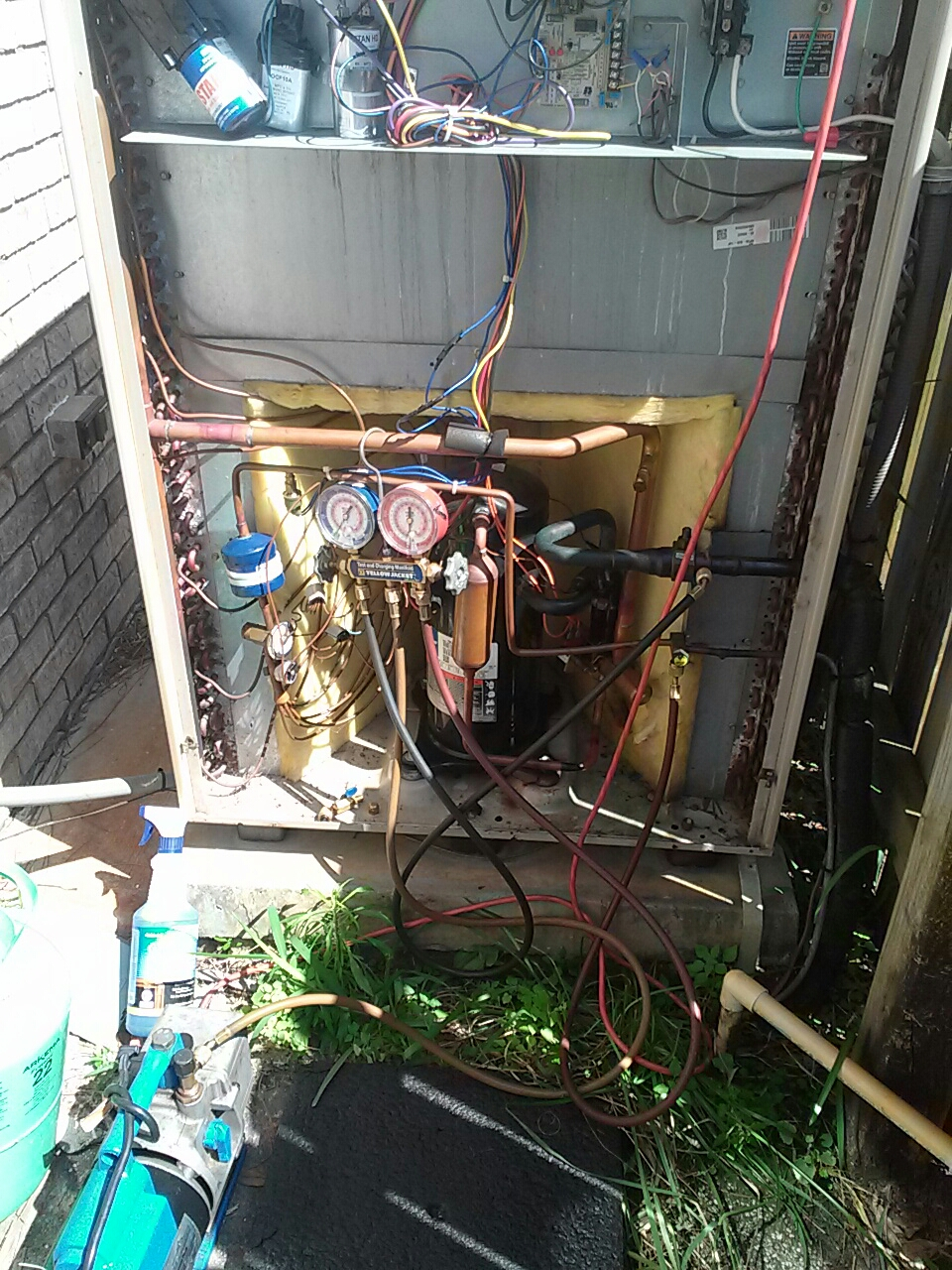 Malabar, FL - Repair residential air conditioning system leak at reversing valve equalizer tube