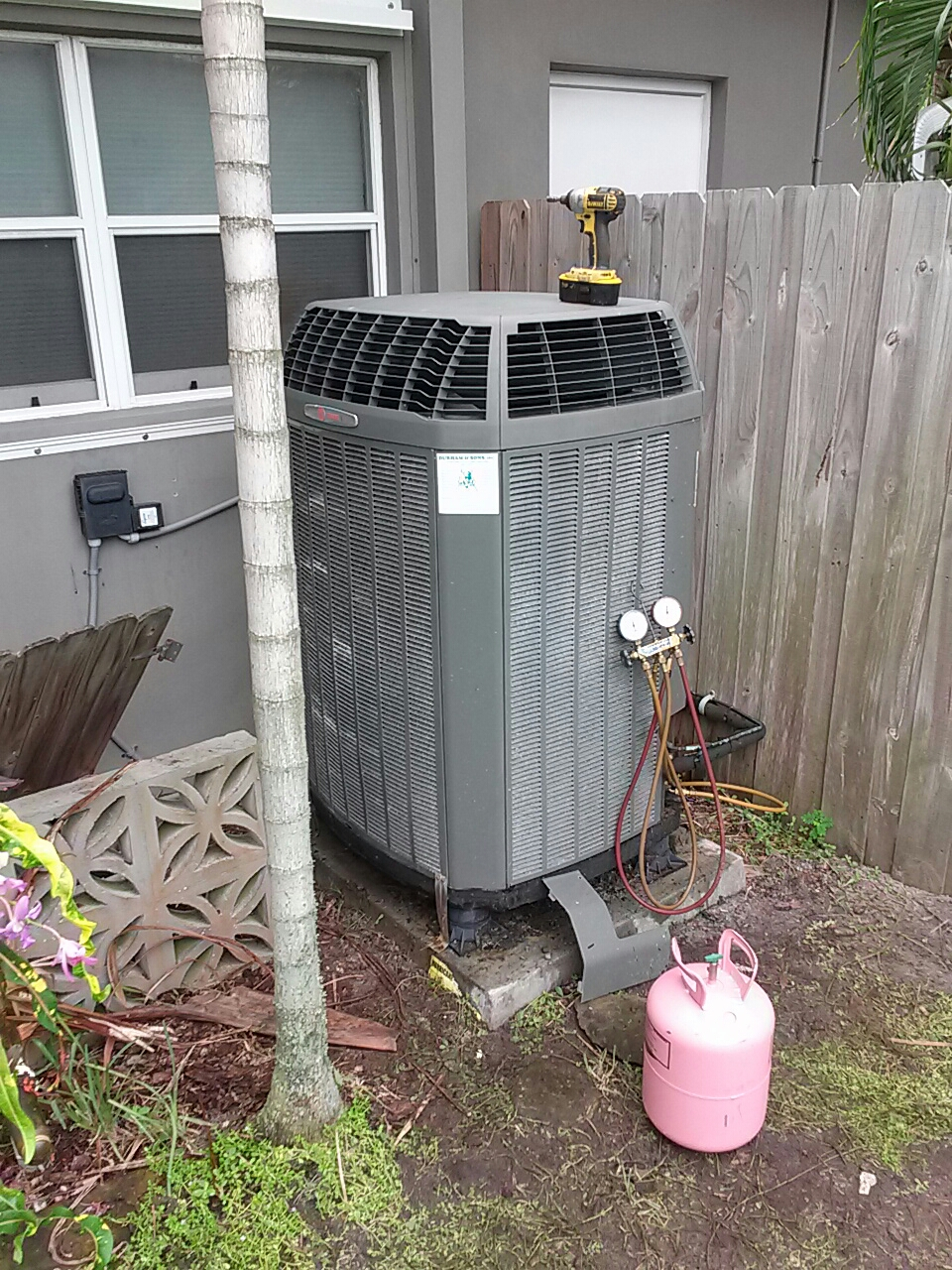 Satellite Beach, FL - Change out leaking Trane condenser coil on warranty part