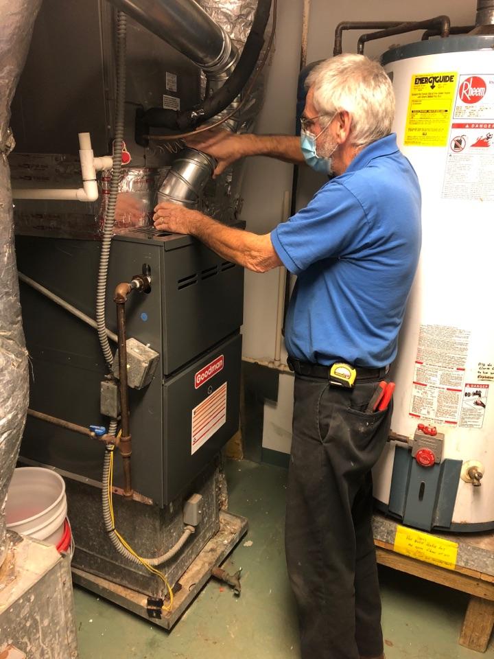 Greer, SC - Install Goodman new furnace in mechanical room