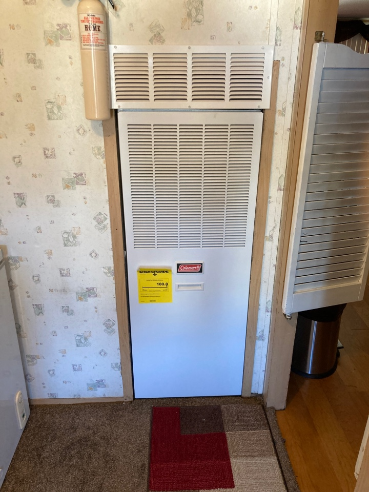 Gray Court, SC - Install return air grill above mobile home downflow furnace