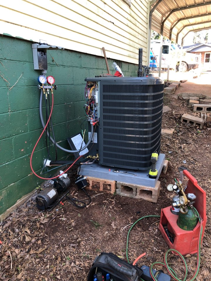 Greenville, SC - Installed heat pump and start up.