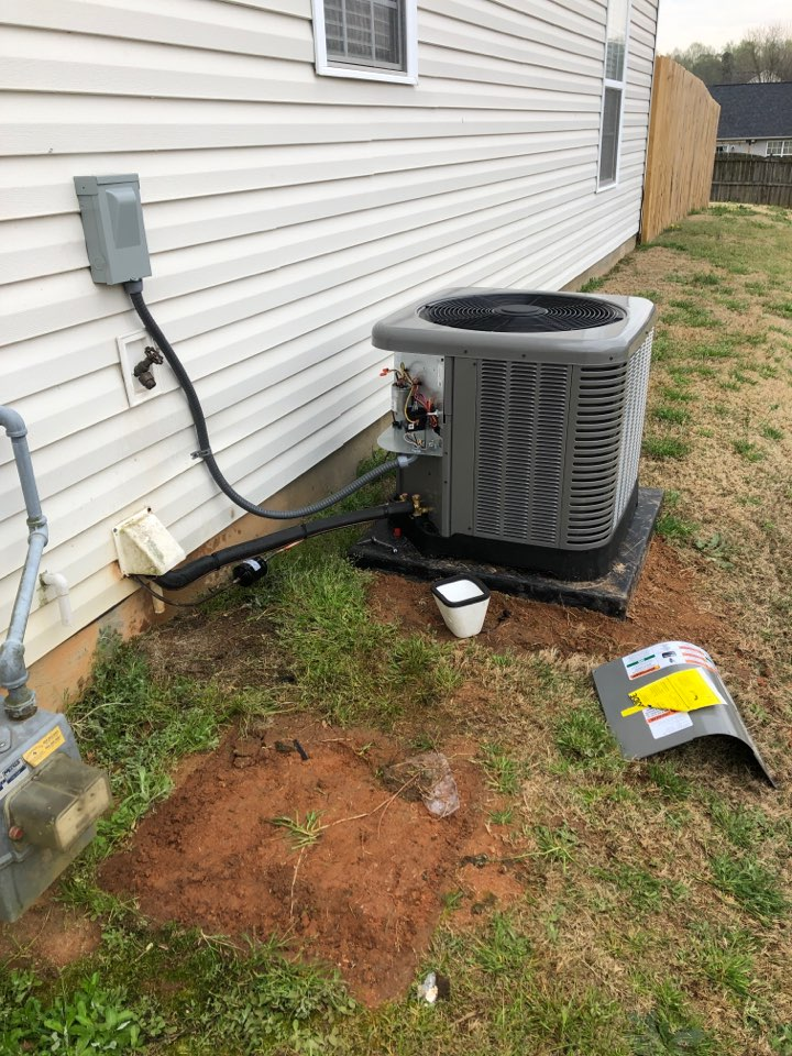 Fountain Inn, SC - Replaced AC and gas furnace.