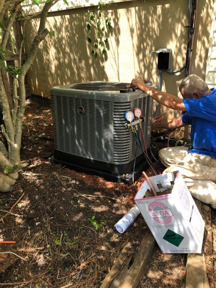 Fountain Inn, SC - Installing condenser to addition
