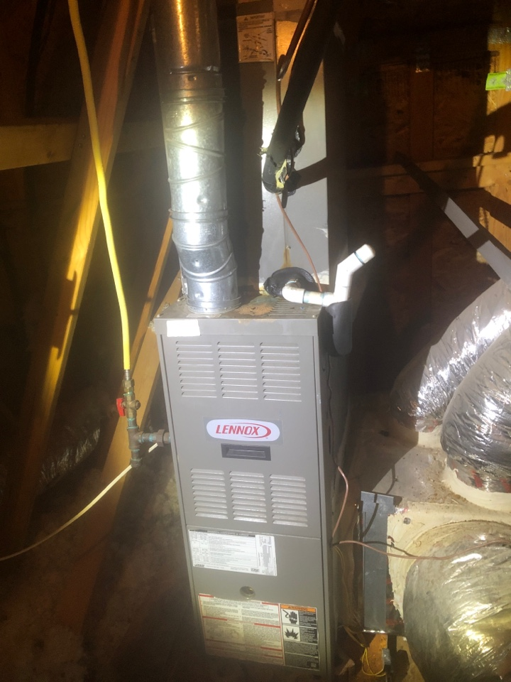 Greenville, SC - Checking upstairs AC system