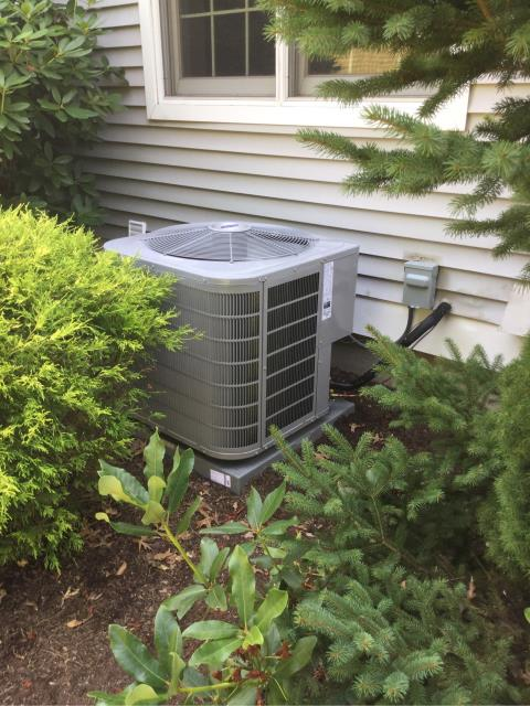Stratford, CT - Installation of Carrier Performance 2.5 Ton 16 SEER Residential Air Conditioner