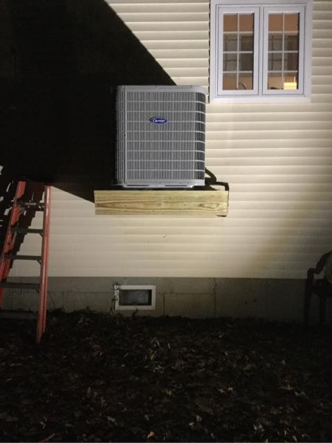Fairfield, CT - Installed a Carrier Performance 4 Ton 17 SEER Residential 2-Stage Air Conditioner, a Carrier 96% AFUE 100000 BTUH 2-Stage Variable Speed Multipoise Gas Furnace