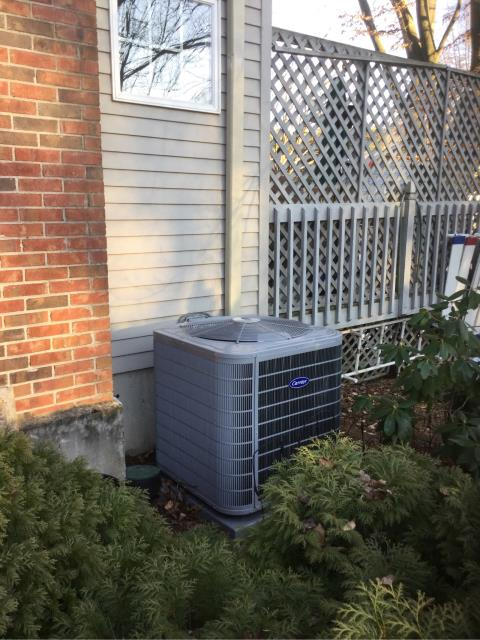 Fairfield, CT - Installed a Carrier Performance 4 Ton 17 SEER Residential 2 Stage Air Conditioning System, Carrier 96% AFUE 100000 BTUH 2 Stage Variable Speed Mulipoise Gas Furnace, Carrier Cor Thermostats, Carrier Germicidal Air Purifier, Carrier Cor Single Lamp Ultraviolet Germicidal Lamp and an Aprilaire Large Capacity Whole House Bypass Humidifier.