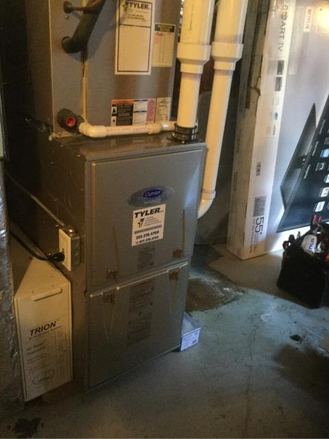 Stratford, CT - Installed a Carrier Infinity 96% AFUE 60000 BTU Gas Furnace and AO Smith 50 Gallon Power Vented Water Heater