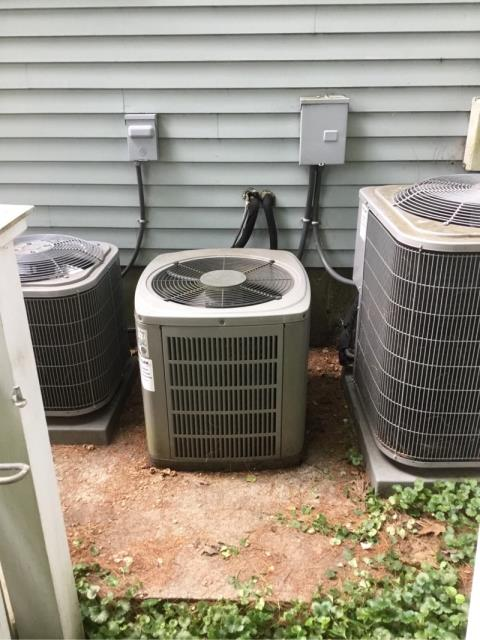 Darien, CT - Replacing the old ac unit today so when the weather gets warm, this customer will have no problems