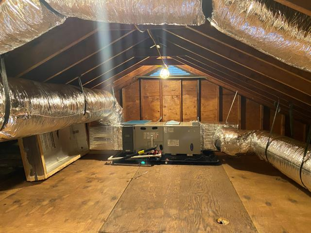 Stratford, CT - Carrier 2.5 Ton Residential Variable Speed Multipoise Fan Coil Installed in an attic.