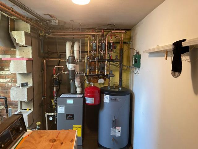West Haven, CT - Installed a Burnham Alpine 105 BTU Gas Boiler ALP105.