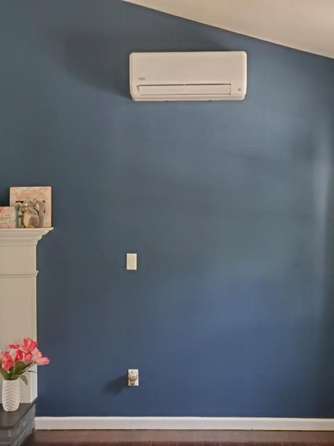 Stratford, CT - Installed a Carrier Ductless 24000 BTUH 2 Zone Heat Pump.