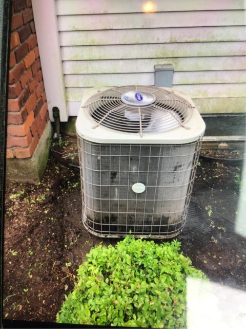 Fairfield, CT - Performed seasonal maintenance on 2 air conditioning condensing units.
