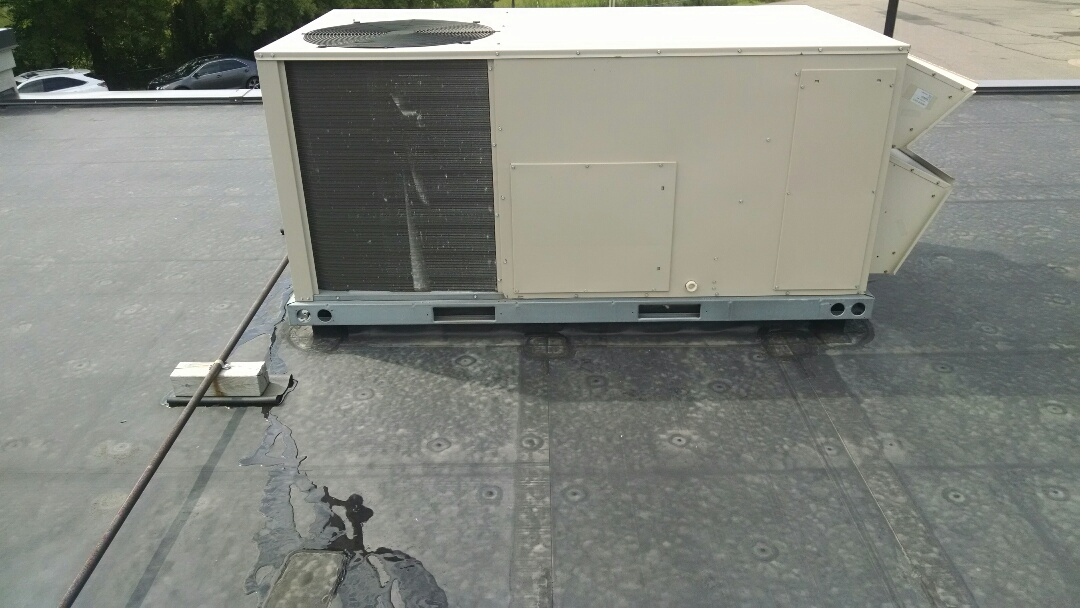 Eau Claire, WI - Just repaired Rooftop AC