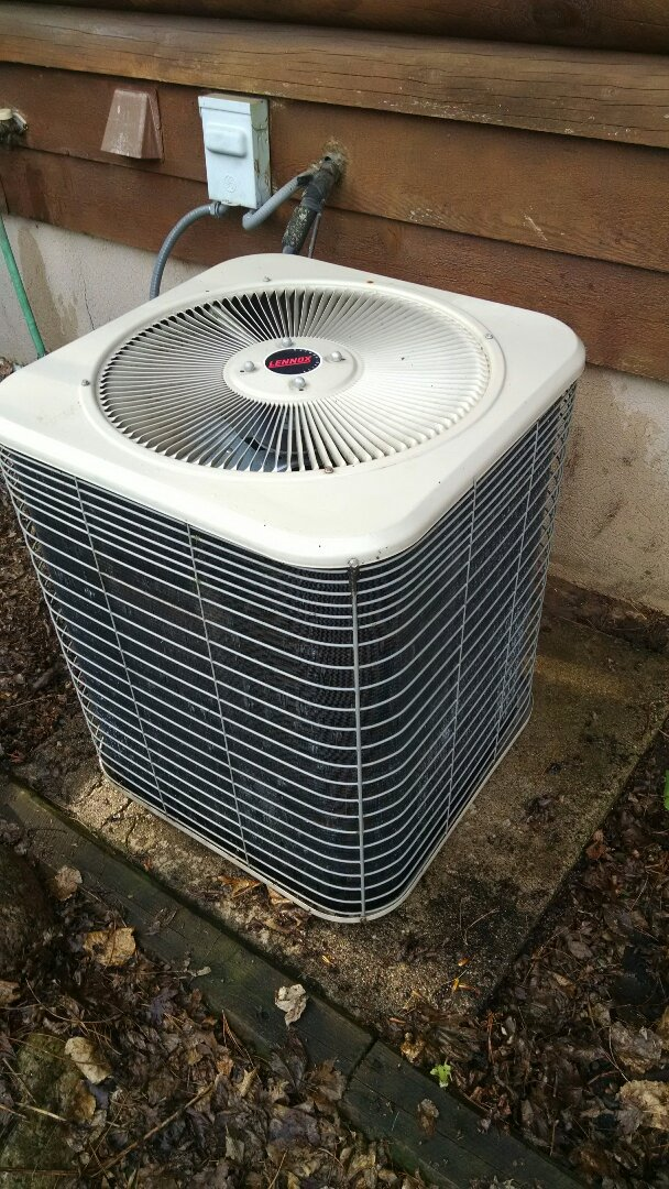 Durand, WI - Air conditioner tune up