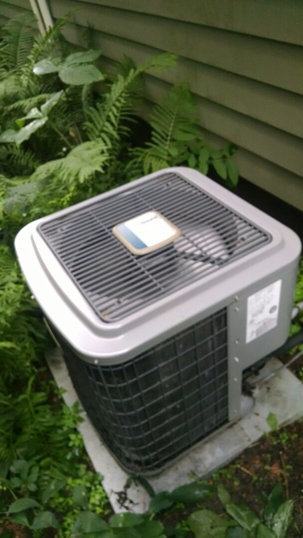 Elmwood, WI - Checked comfortmaker air conditioner