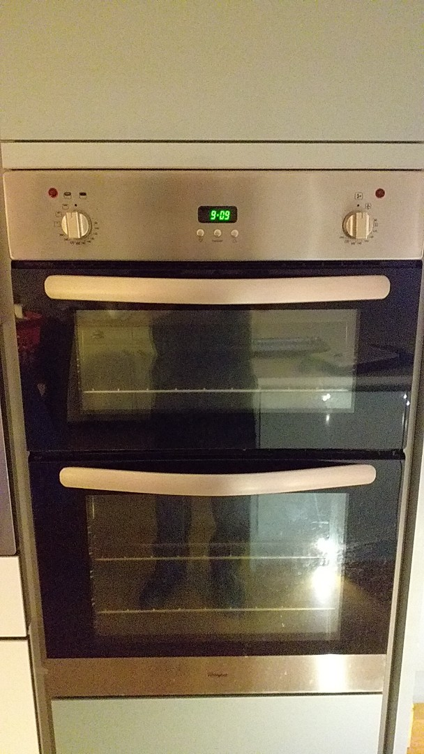 Sale, Greater Manchester - WHIRLPOOL D/O @ M33 5AE